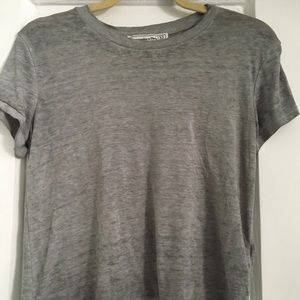 Abercrombie & Fitch Tops - Abercrombie and Fitch cropped tee shirt